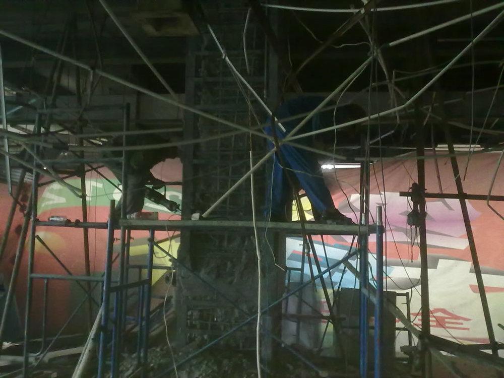 九江商厦柱子加固